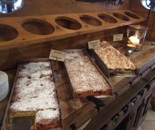 Hausgebackene Kuchen-Auswahl